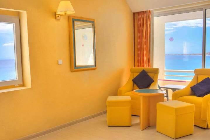 Habitaciones para familias en la manga hotel galua for Habitaciones para familias